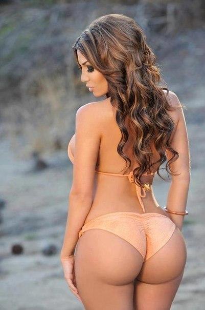 бразильская модель с большой красивой попой фотографии